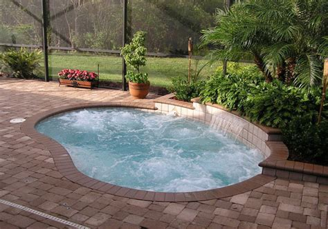 Great Small Swimming Pools Ideas