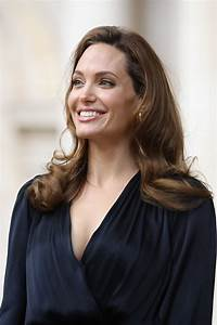 Nosee Rosee: Angelina Jolie Undergoes Preventative Double ...