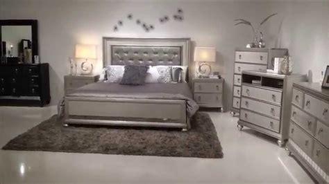 samuel lawrence diva bedroom group  upholstered