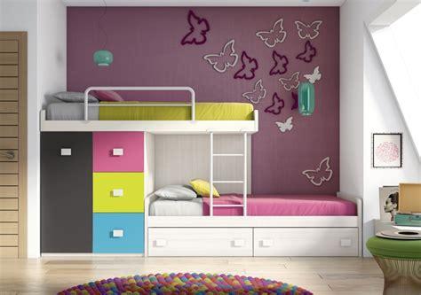 amenagement chambre 2 lits chambre pour deux enfants comment bien l 39 aménager