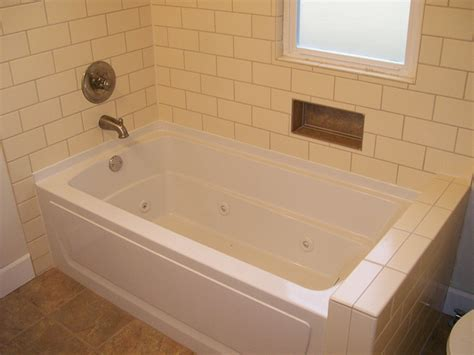 Bathtub Refinishing West Seattle by J And M Remodel And Repair 62 Jpg