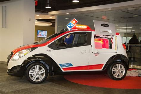 Dominos Pizza Cars by The New Domino S Pizza Car The Acoustic Guitar Forum