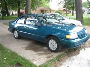 1993 Ford Tempo - Overview