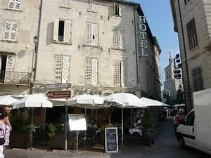 Hotel Spa Avignon : 301 moved permanently ~ Farleysfitness.com Idées de Décoration