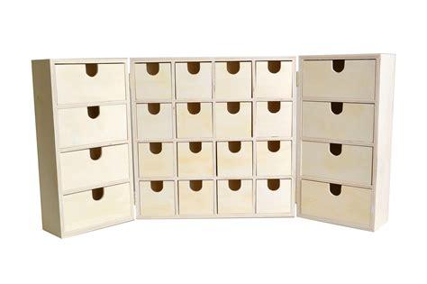calendrier de l avent bois armoire 27 5cm artemio
