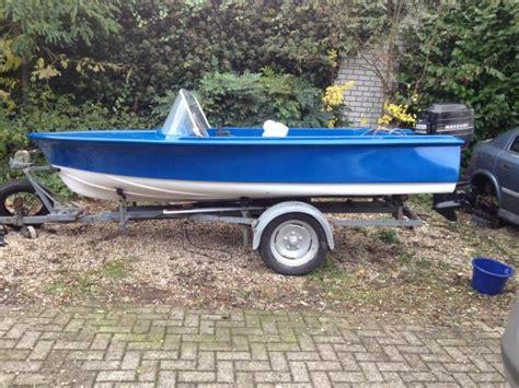 Speedboot Pk by Speedboot Vaarklaar Met 50 Pk Mercury Speedboten Boten