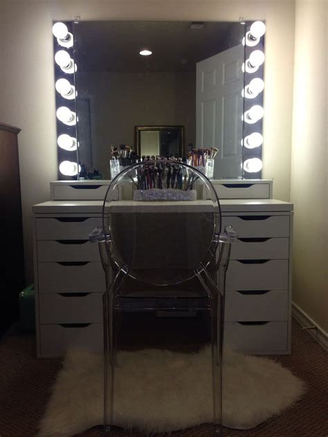 diy vanity mirror  lights  bathroom  makeup station