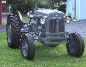 Classic Tractor Gallery