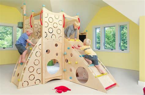 tapis rond chambre bébé lit enfant pour la chambre fille ou garçon en 41 exemples