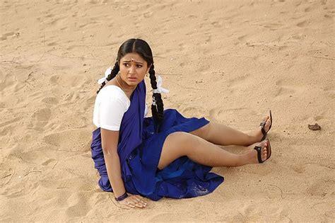 Hottest Actress Photos Poonam Bajwa Hot In Saree Stills