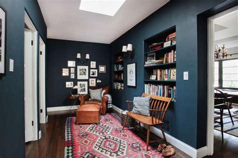 canapé bleu nuit décoration couloir 25 idées géniales à découvrir