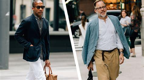 men  stylishly carry     wallet