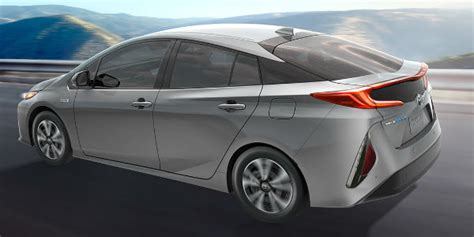 Differences Between Toyota Prius Models
