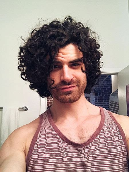 20 male hairstyles for curly hair mens hairstyles 2018