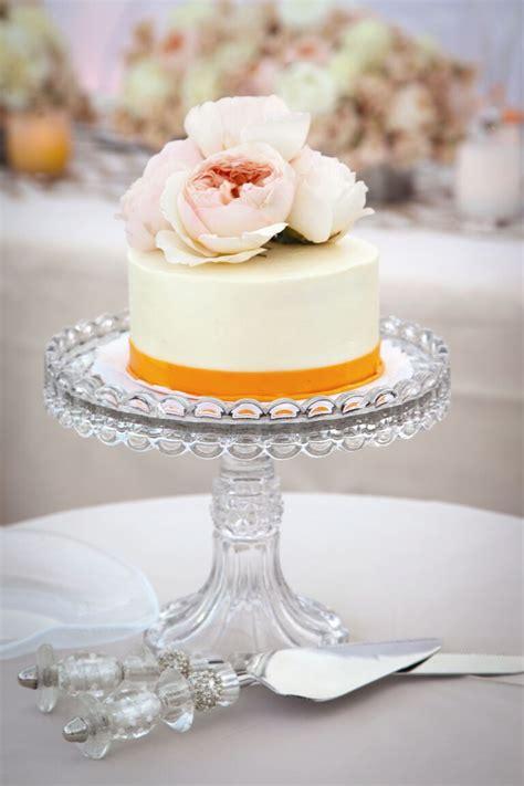 10 Unexpected Wedding Cake Ideas