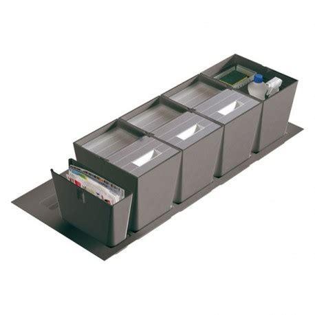 poubelle tiroir cuisine poubelle cuisine pour tiroir de 1200 mm 3 bacs 48l