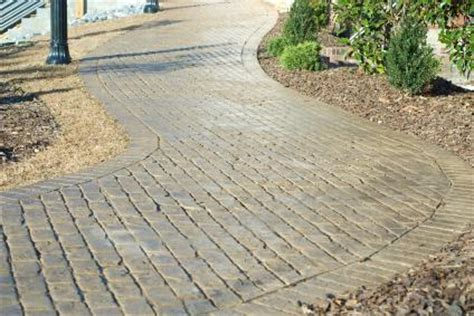 sidewalk paver designs do it yourself walkways ideas