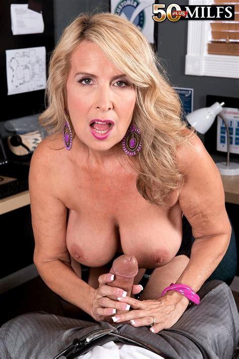 Babe Today 50 Plus Milfs Laura Layne Exemplary Mature Livesex Porn Pics
