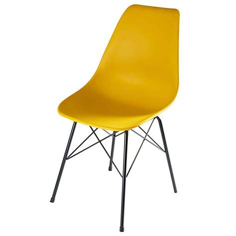 chaise jaune moutarde chaise en polypropylène jaune moutarde et métal cardiff
