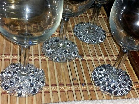 diy glitter  rhinestone wine glasses tipstricks pinterest