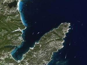 Satellite-derived Bathymetry on the Rise - Earth ...