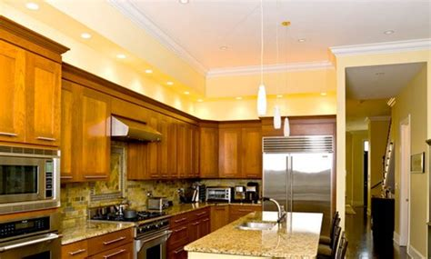 Cabinet Accent Lighting Ideas by How To Decorate Above Kitchen Cabinets Ideas For