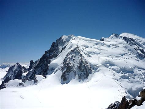 ascension du mont blanc courses alpinisme chamonix mont blanc