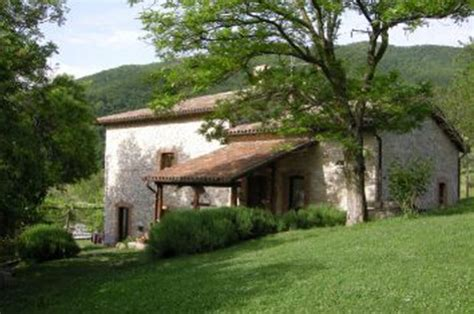il fienile di orazio a self guided walking in umbria italy with on