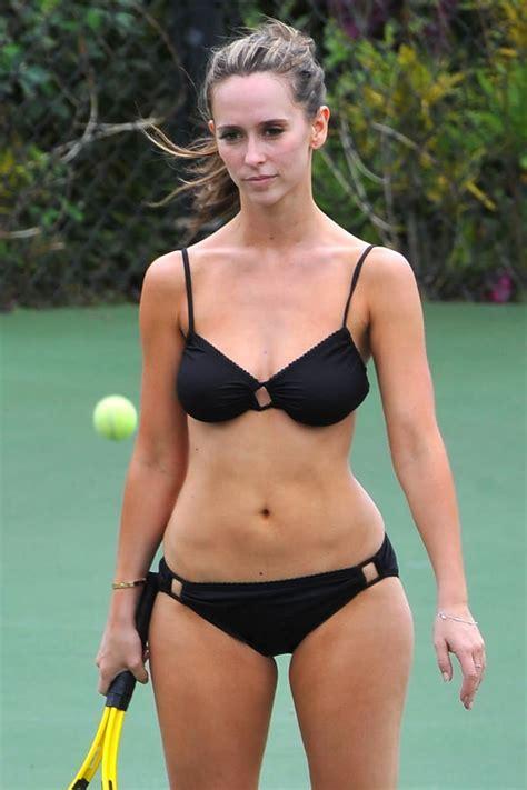 Jennifer Love Hewitt Measurements Height And Weight