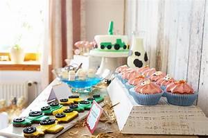 Kindergeburtstag Kuchen Deko Ideen : bauernhofparty zum 2 kindergeburtstag baby belly party blog ~ Yasmunasinghe.com Haus und Dekorationen