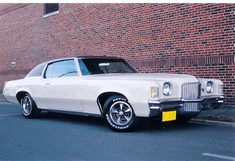 Pontiac Grand Prix by 1971 Pontiac Grand Prix Information And Photos Momentcar