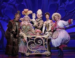 Theater/Opera/Ballet Costumes on Pinterest | Wicked ...