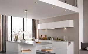Hängeschränke Für Die Küche : beleuchtung f r die k che bei hornbach ~ Bigdaddyawards.com Haus und Dekorationen