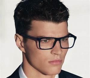 Moda Cabellos: Peinados para hombres con lentes