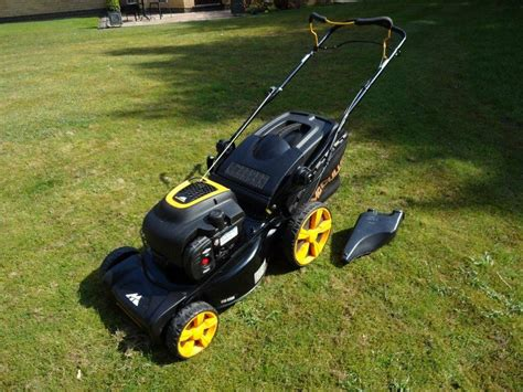 mcculloch m46 125 mcculloch m46 125wr petrol self propelled lawnmower in altrincham manchester gumtree