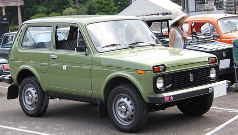 Lada Niva's photos and pictures
