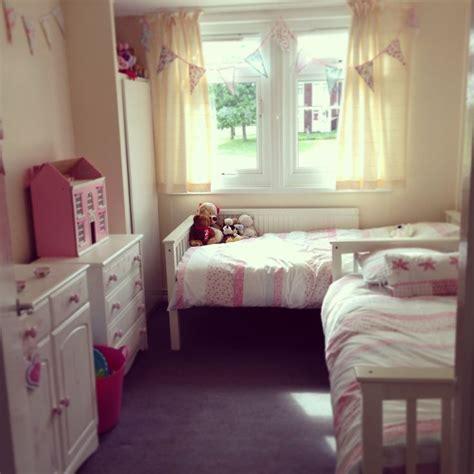 twin girl bedrooms ideas  pinterest twin