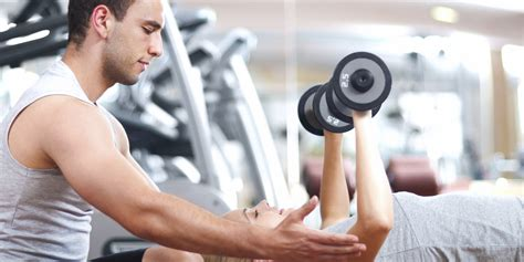 10 things to consider before choosing a personal trainer