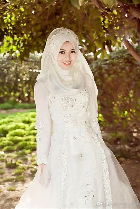 fashion collections hijab  designer wedding gowns
