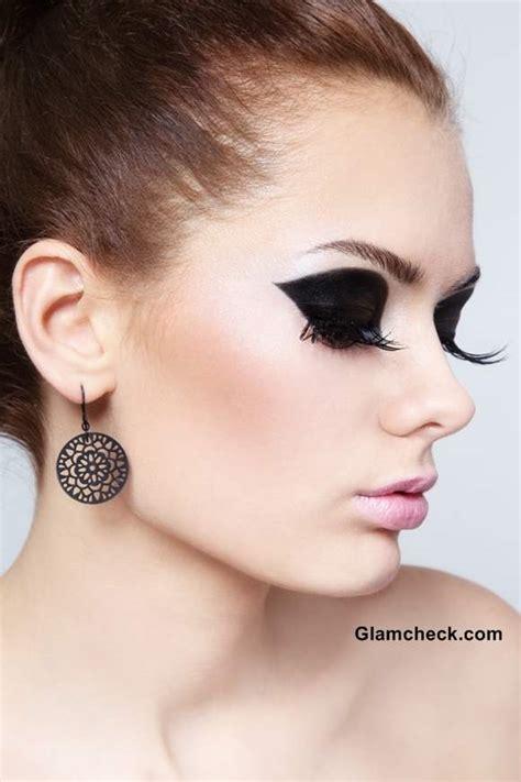 intense black eye makeup tutorial