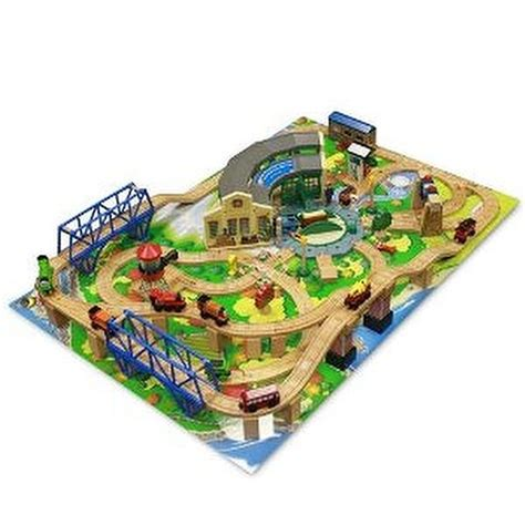 thomas friends wooden railway tidmouth sheds deluxe