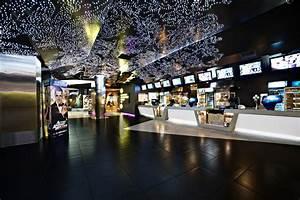 Kronverk Cinema / Robert Majkut Design | ArchDaily