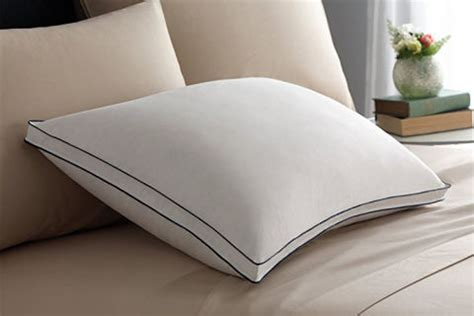 wamsutta comfort medium support 8 best pillows 2018 reviews of top rated pillows for side back and stomach sleepers