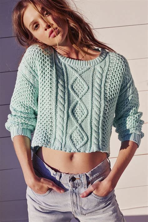 Cropped Sweaters Outfits -15 Ways to Wear Cropped Sweaters