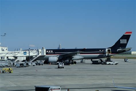File:435ad - US Airways Airbus A330-300, N272AY@CLT,12.10 ...