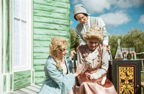 theatre review miracle theatres cherry orchard