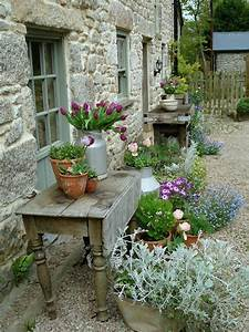 17 best ideas about rustic gardens on pinterest country With markise balkon mit tapete shabby chic