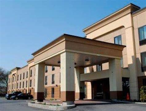 comfort inn albany ny comfort inn suites wolf road albany ny hotel