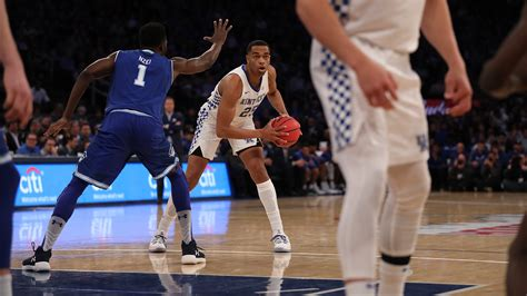Currently, she is also rumored to be taking $200k monthly after a breakup with her boyfriend, pj washington, for child support. PJ Washington - Men's Basketball - University of Kentucky Athletics