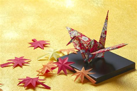 Traditional Origami Crane | FaveCrafts.com
